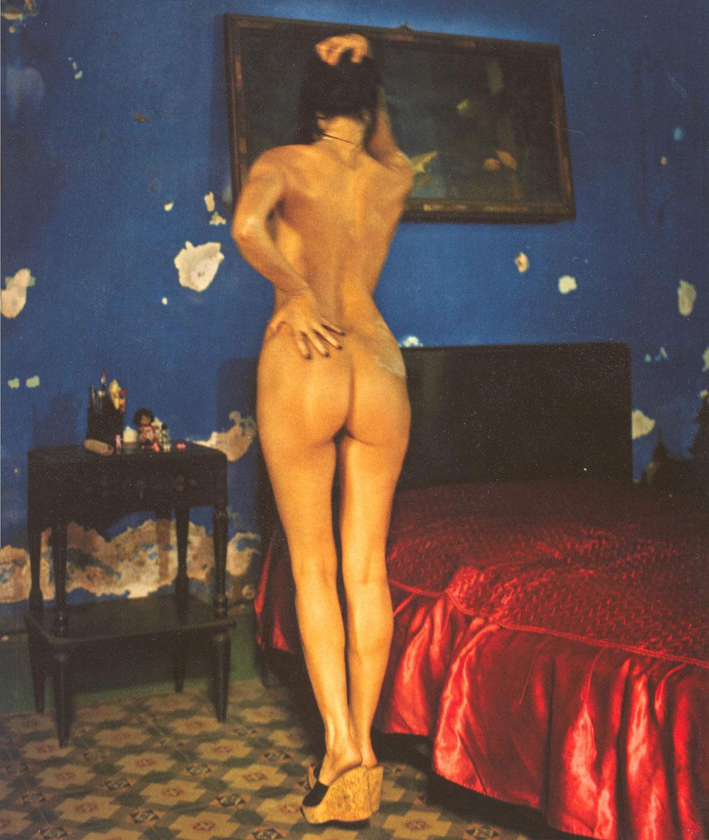 smotret-naturalnie-semki-emmanuel-erotika