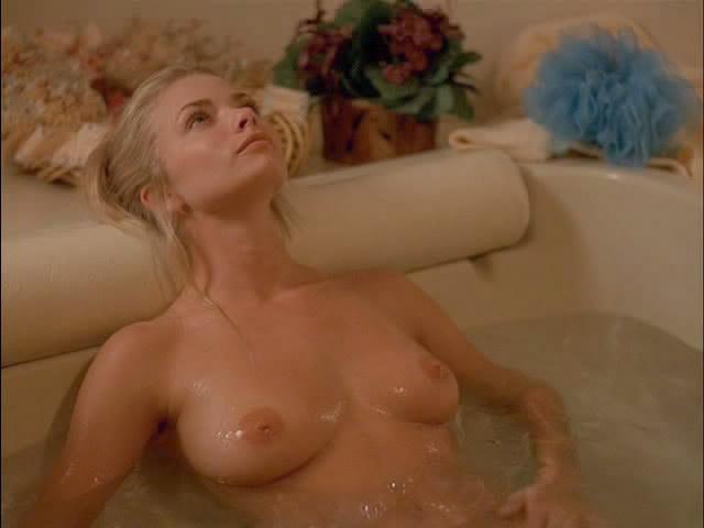 JAMIE%2BPRESLEY Lingerie Sexy Blanche pour Roxanne Pallett