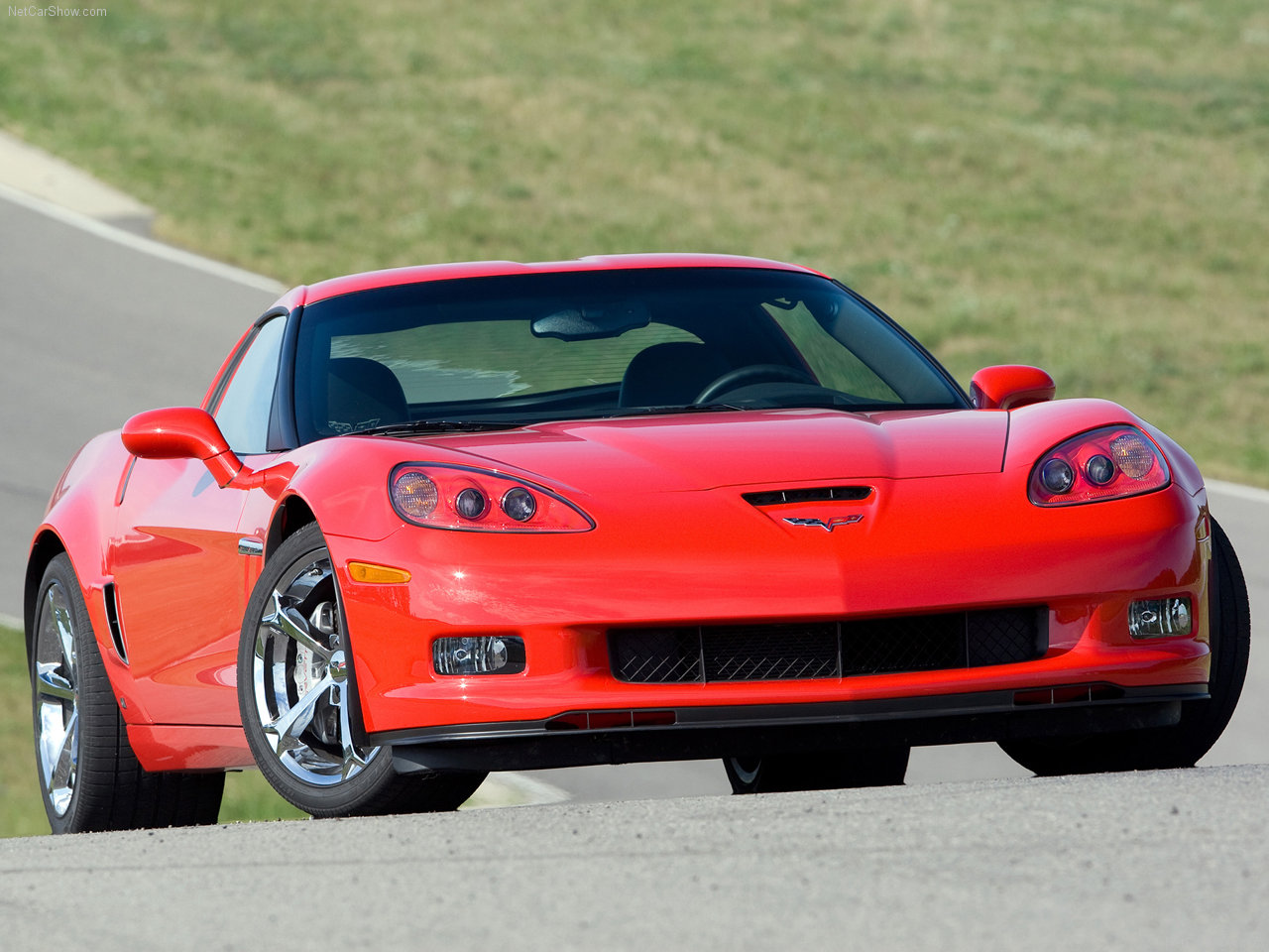 hi tech automotive chevrolet corvette grand sport 2010 new car. Black Bedroom Furniture Sets. Home Design Ideas