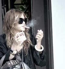 ¿un cigarrito?