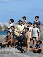 ost laskar pelangi, veris yamarno, marakama, veris yamarno marakama, mahar, download lagu veris yamarno, veris yamarno bunga seroja, bunga seroja, bunga seroja download, download lagu bunga seroja, download mp3 veris yamarno bunga seroja