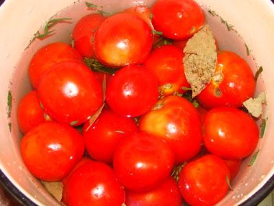 Как засолить зеленые помидоры?