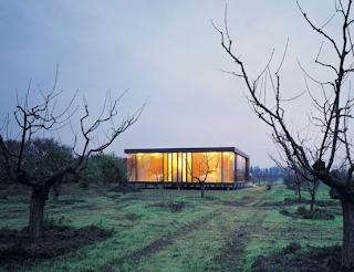 modern and minimalist small residence