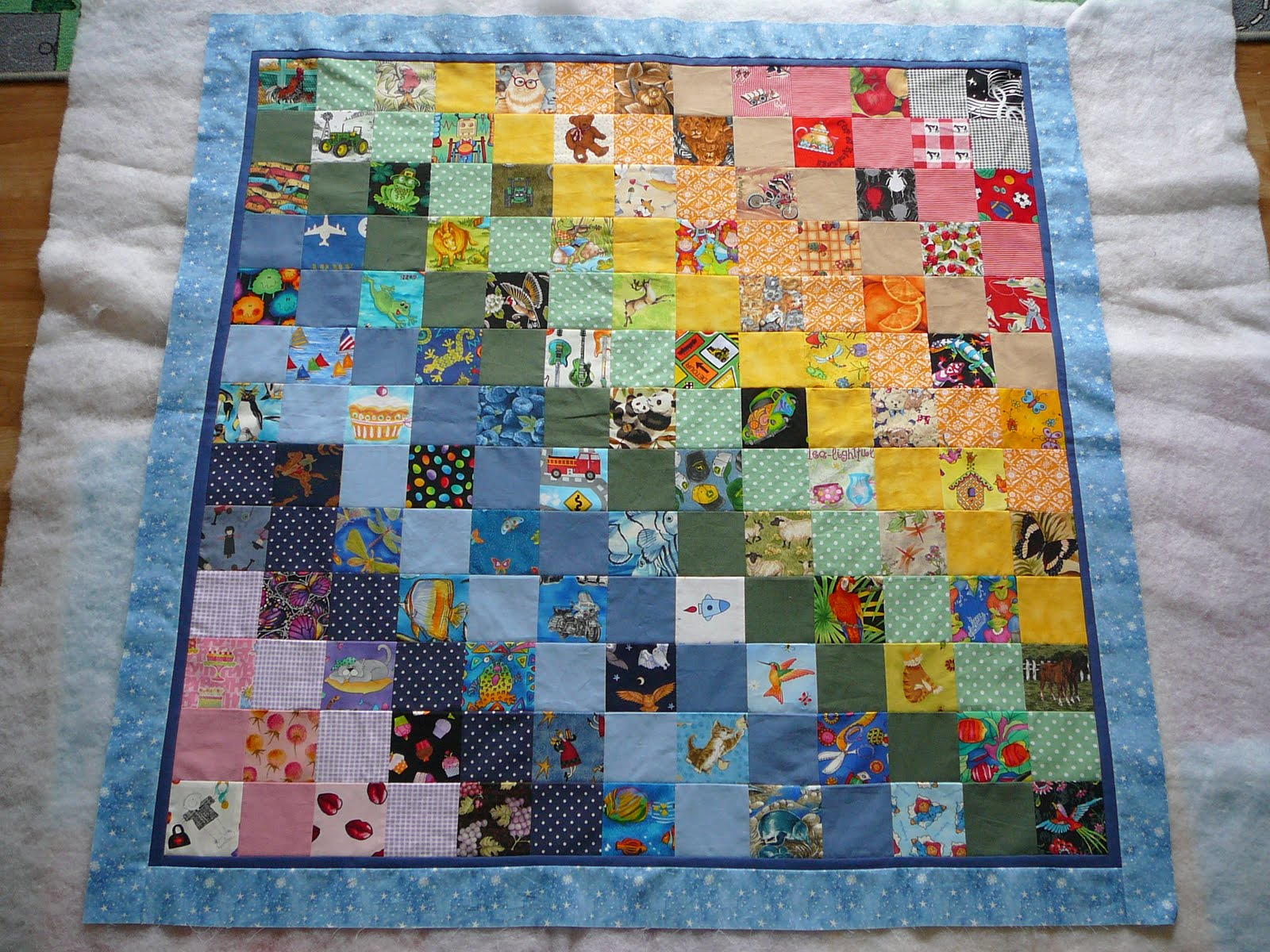 Flickr: Discussing I-Spy Quilt Patterns in ELQ I Spy Charm Swap