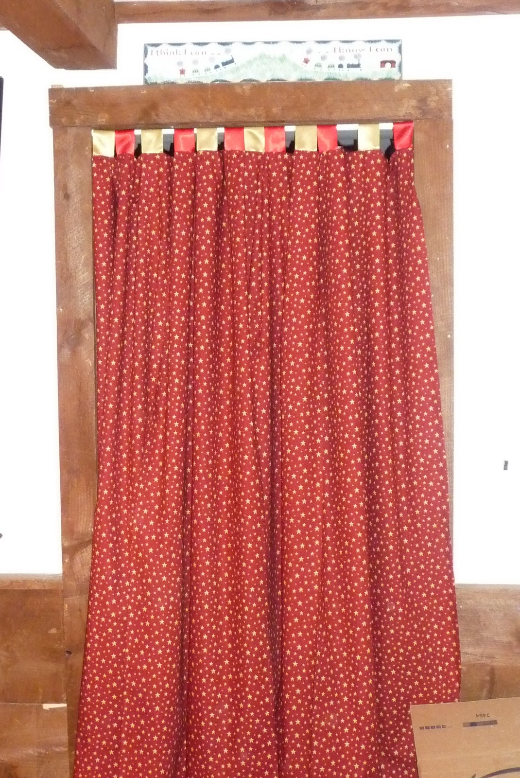 Fab bric kation gold star red curtains w red and gold for Red and gold drapes
