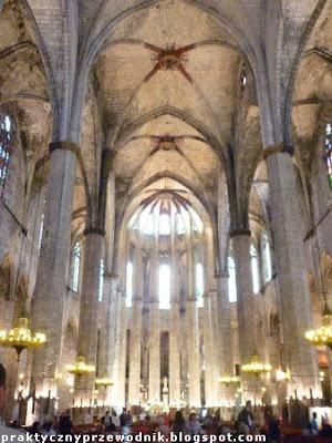 Basilica de Santa Maria del Mar dzielnica gotycka w Barcelonie