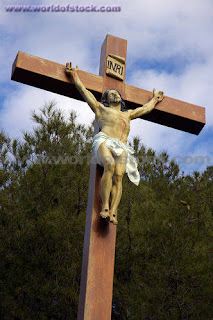 Jesus Christ nailed on wooden cross free religious christian pic