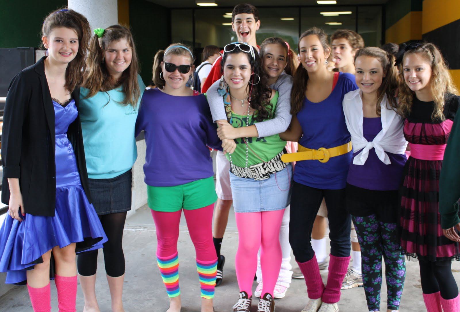 Decade Day Ideas http://benlippen.blogspot.com/2010/09/spirit-week-day-1-4.html