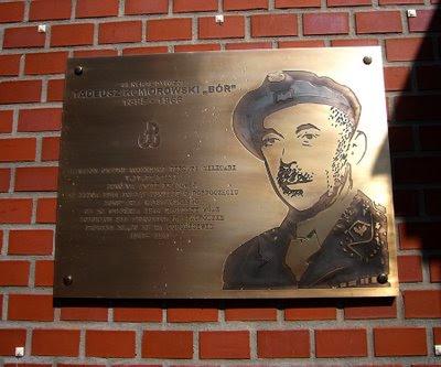 Tadeusz Bór Komorowski tablica Warszawa