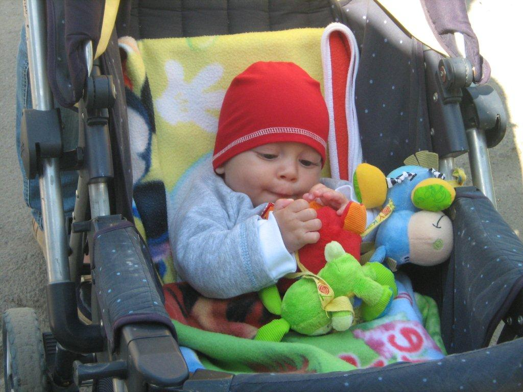 kg bebe 6 luni
