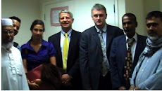 First EVER picture of KHOODEELAAR! campaigners meeting Crossrail hole-company CLRL staff.  [1]