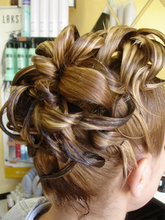 Les plus belles coupes de cheveux homme - femme tendance: Photos des coiffures chignon
