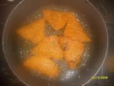 Empanadas fritandose