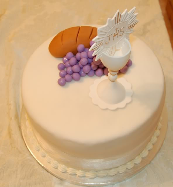 First Communion Cake Images : First Commuion Cakes and Food Ideas