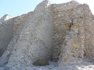 contrafuertes ermita de Santa Barbara Valdespartera Zaragoza