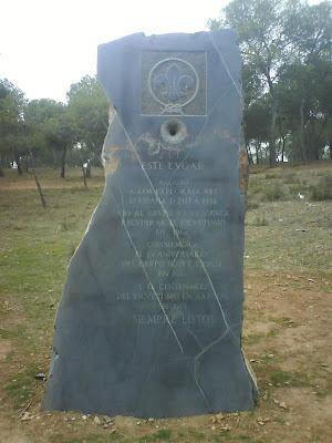 monumento escultimo en Zaragoza Scouts de Aragón