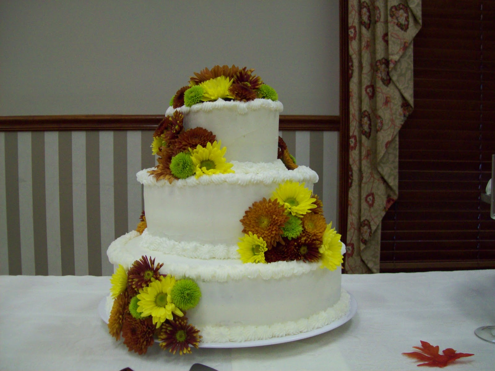 Kara s Cakes and Cupcakes Fall Wedding