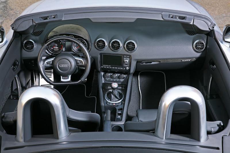 Audi TT RS Roadster Interior Design