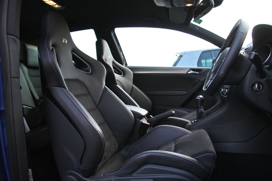 2010 Volkswagen Golf R Seat Design