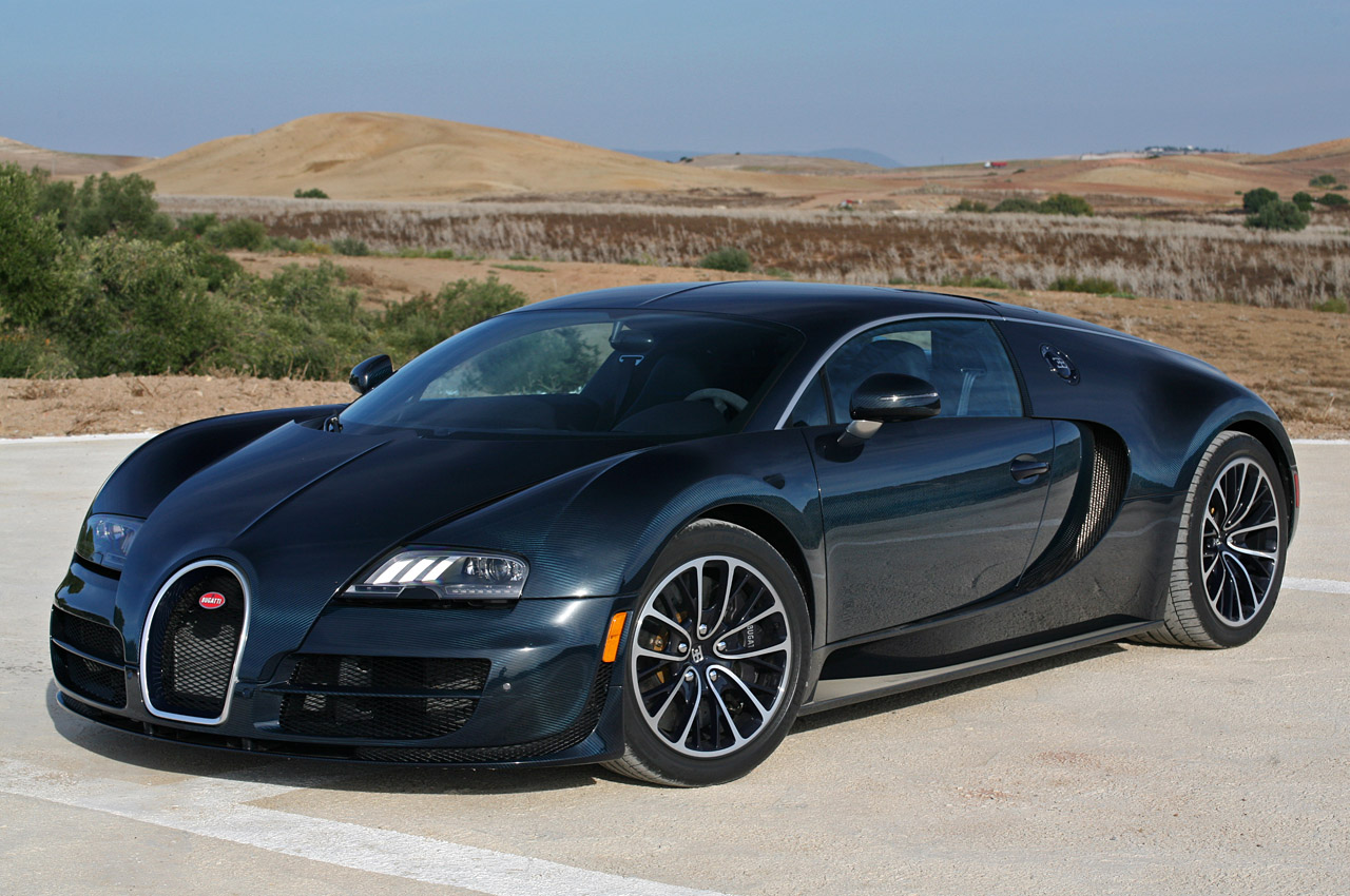 2011 Bugatti Veyron Super Sport HD Wallpaper