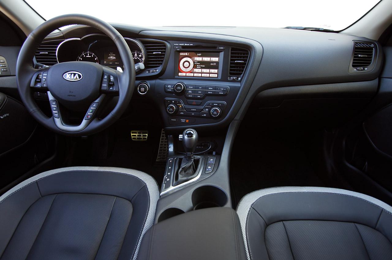 2011 Kia Optima 2.0T Interior Detail