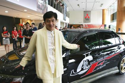 JACKIE CHAN MITSUBISHI EVOLUTION | AUTOS | CAR