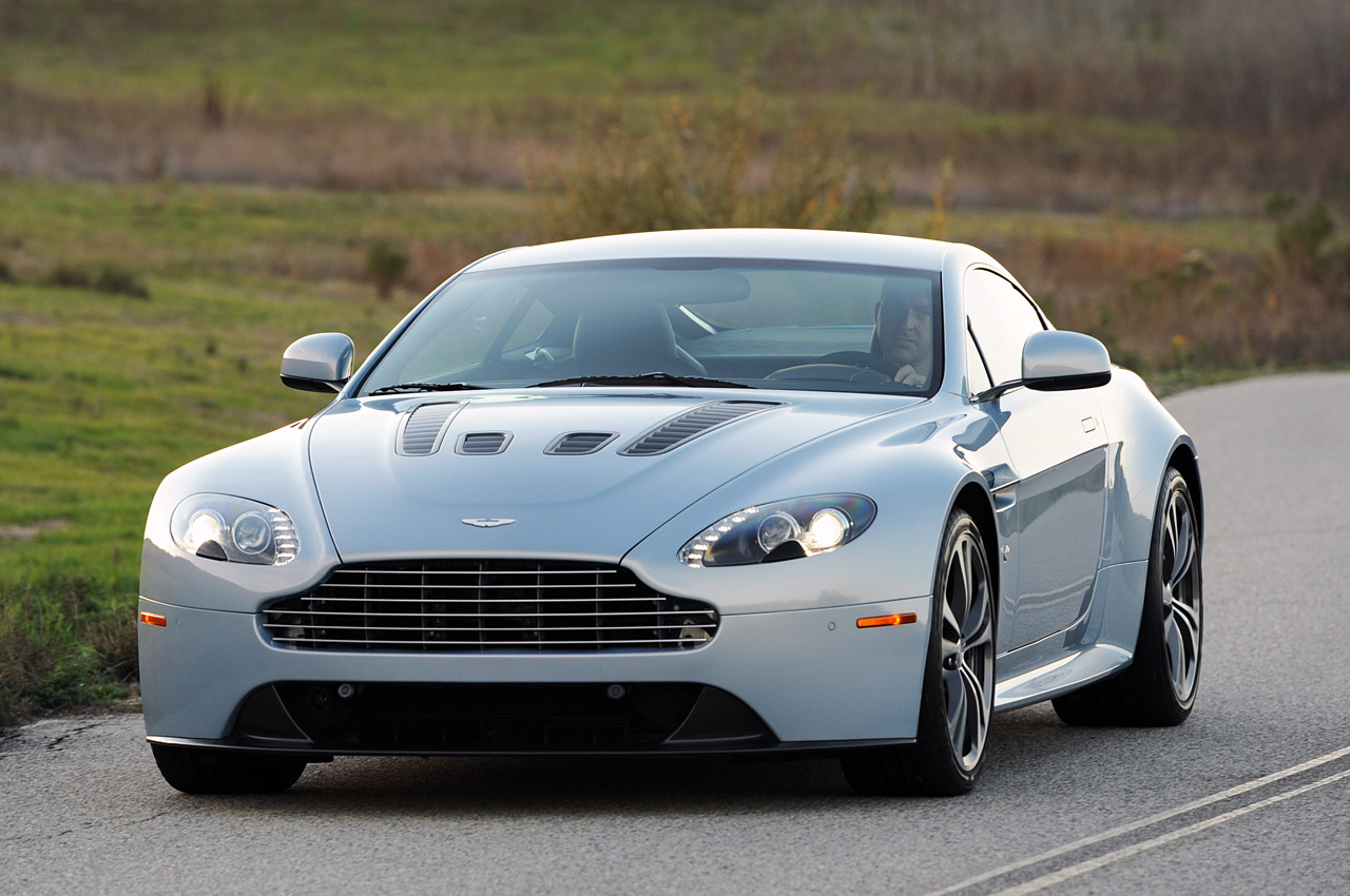 2011 Aston Martin V12 Vantage Wallpaper