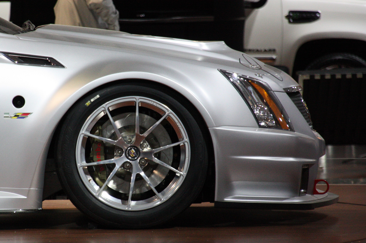 CADILLAC CTS-V SCCA COUPE DESIGN