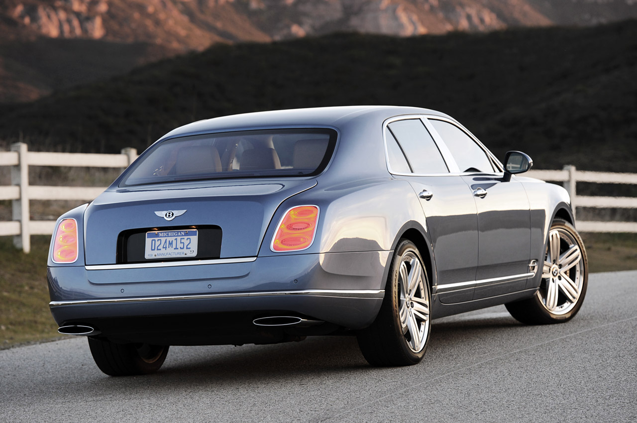 2011 BENTLEY MULSANNE SPORTY CAR