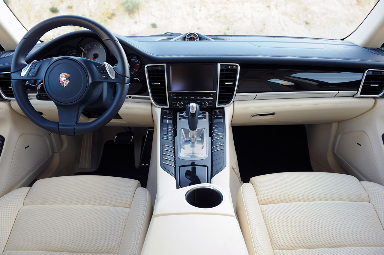 Luxury Car 2011 PORSCHE PANAMERA 4S LIMITED EdITIOn