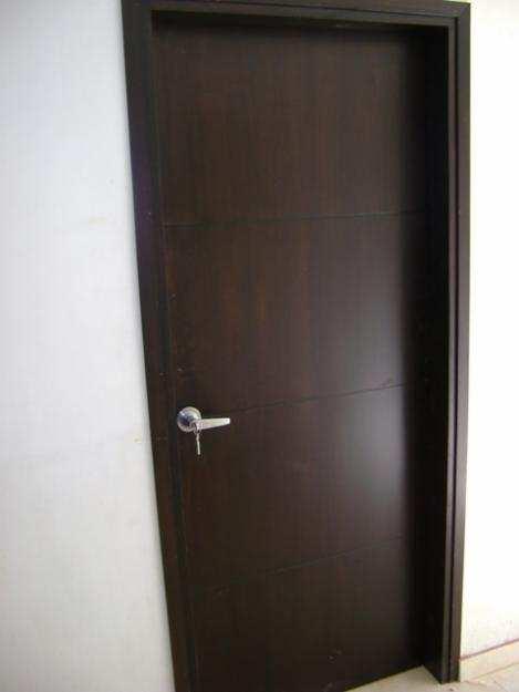 Puertas for Puertas metalicas para habitaciones
