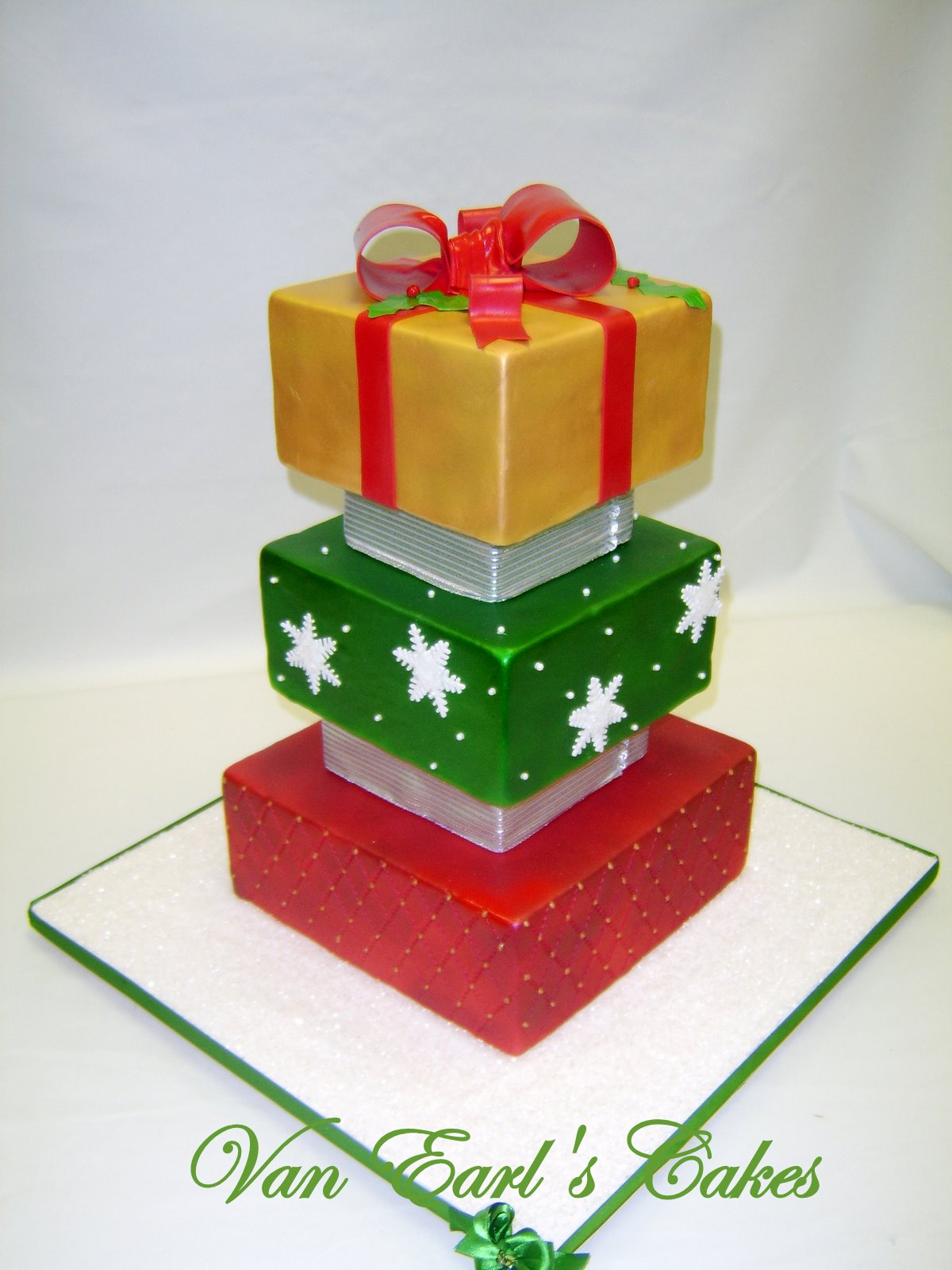 Christmas Cake Decoration Present : Van Earl s Cakes: Christmas Present Holiday Cake