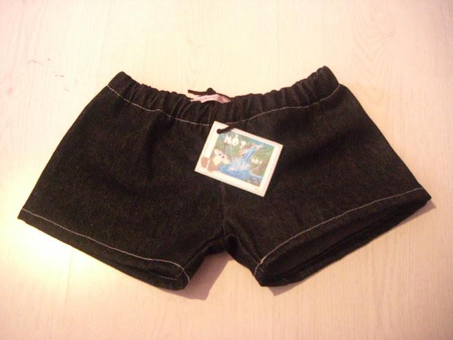 short en jean's pour petit nicolas T4ans