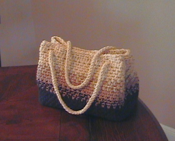Crocheted PurseFree Pattern « Fabric Follies