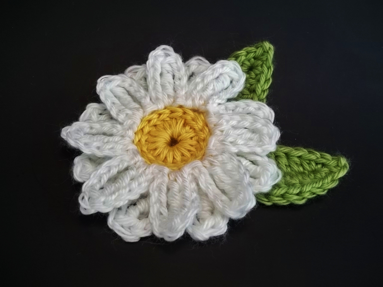 CROCHET DAISY PATTERNS | Crochet For Beginners