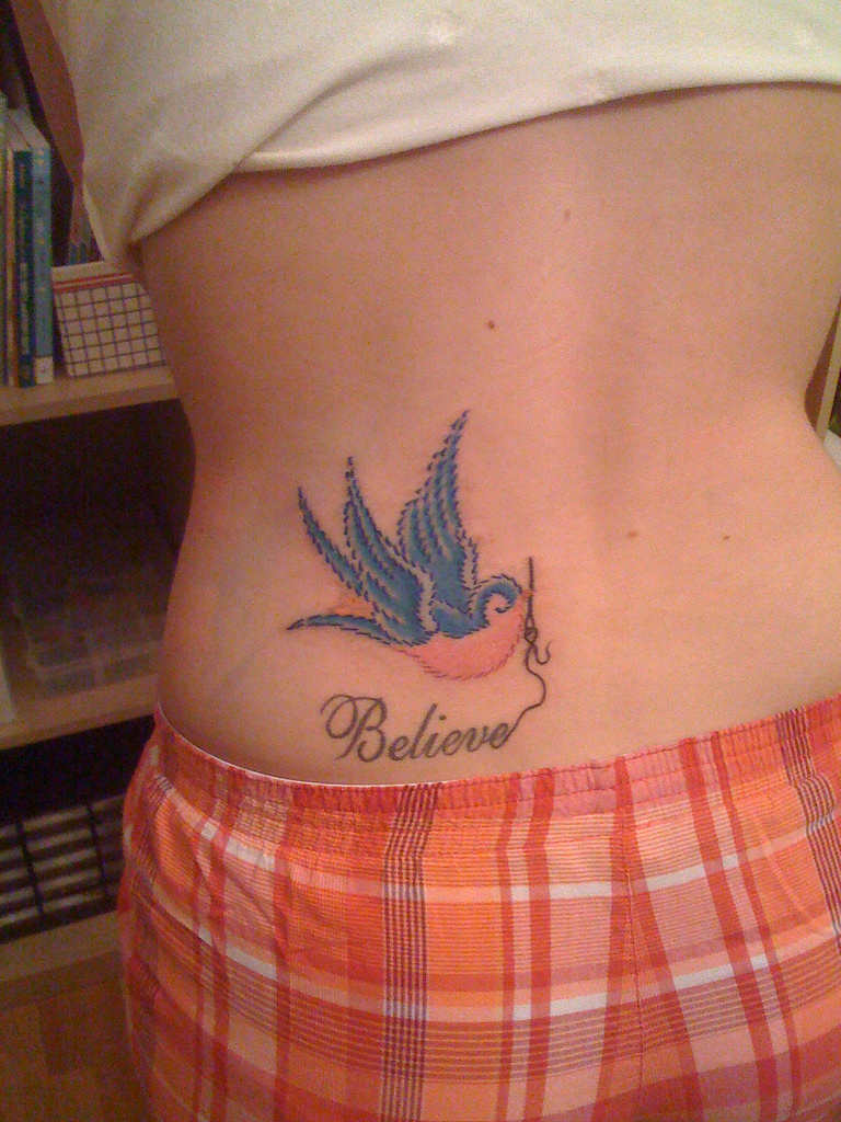 amazing bird tattoo designs for girls weird things weird pictures photo blog. Black Bedroom Furniture Sets. Home Design Ideas