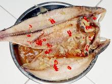 Ikan Terubok Masin Dimasak secara Stim