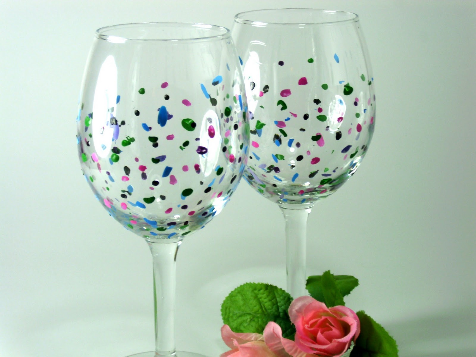 Heart and home hand painted wine glasses and more for Type of paint to use on wine glasses