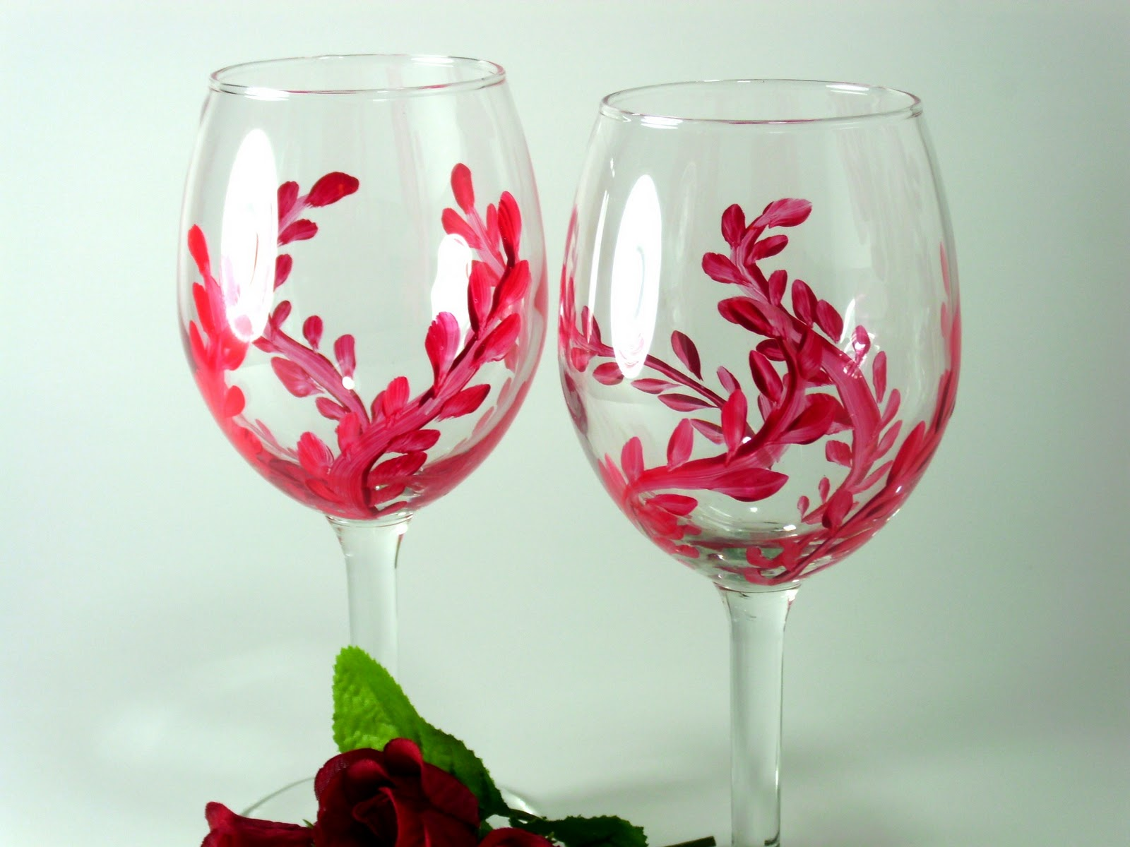 Heart and home hand painted wine glasses and more Images of painted wine glasses