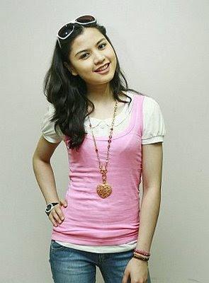 lisa3 Lisa Surihani Hot Malaysian Celebrity