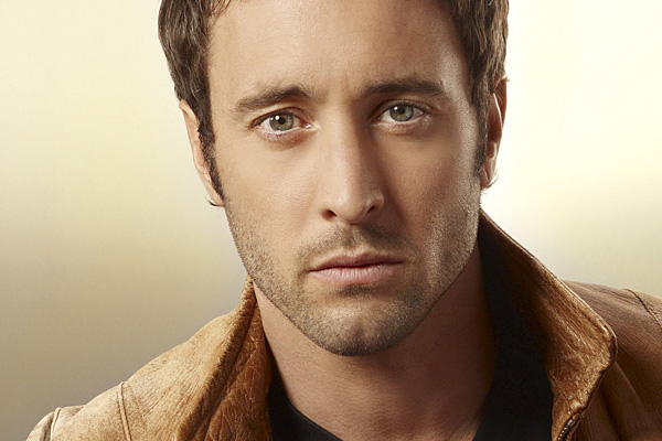 Alex O'Loughlin, Alex, Oloughlin, Chestnuts, Roasting, Open, Fire
