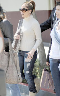 Jennifer Lopez Shopping