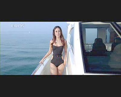 Kareena Kapoor Bikini Kambakkht Ishq Pictures
