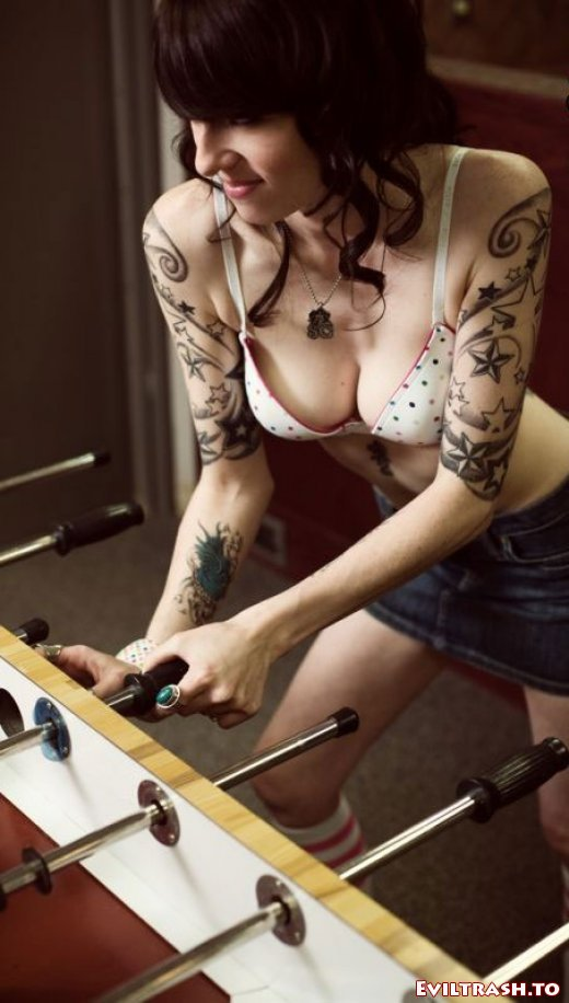 Celebrity Tattoo Design: Adriana Lima Ankle Foot Tattoo Small Gun tattoos