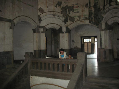 mrs tessa lawang sewu lorong harry potter