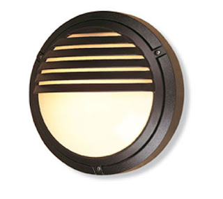 Verona Round Outdoor Wall Light in Die Cast Aluminium