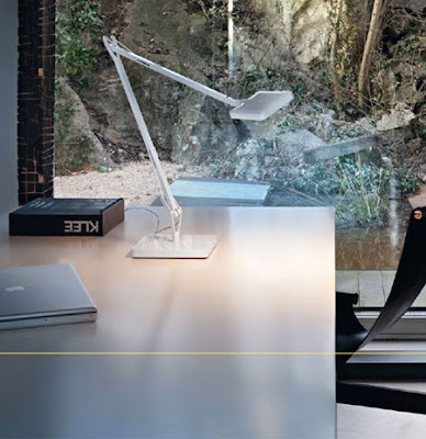 Flos Kelvin LED Desk Light - Application of the White LED Table Lamp in the office