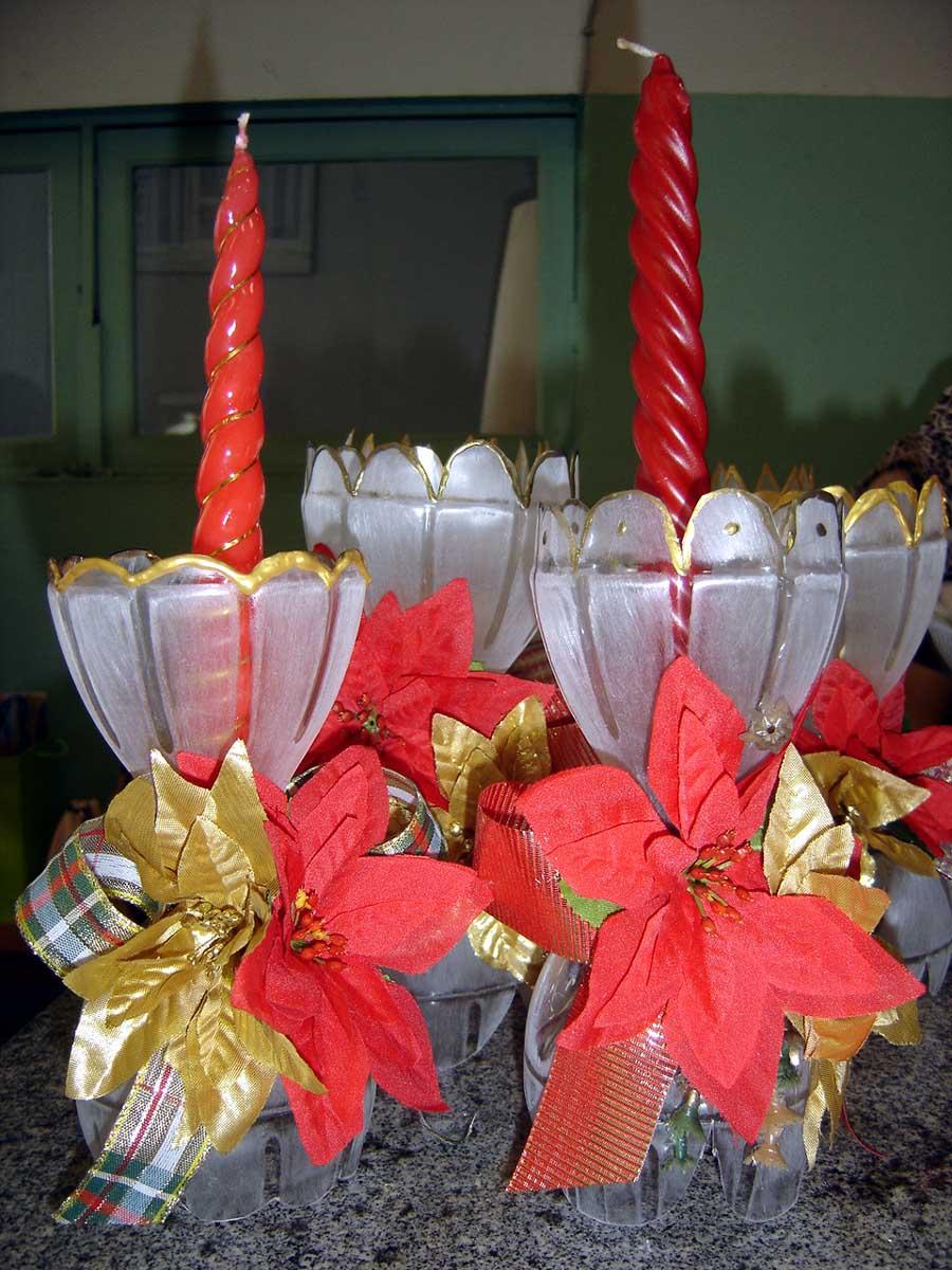 enfeites de natal para jardim passo a passo : enfeites de natal para jardim passo a passo:Encontrei essa ideia de enfeite de mesa para ceia de natal com garrafa