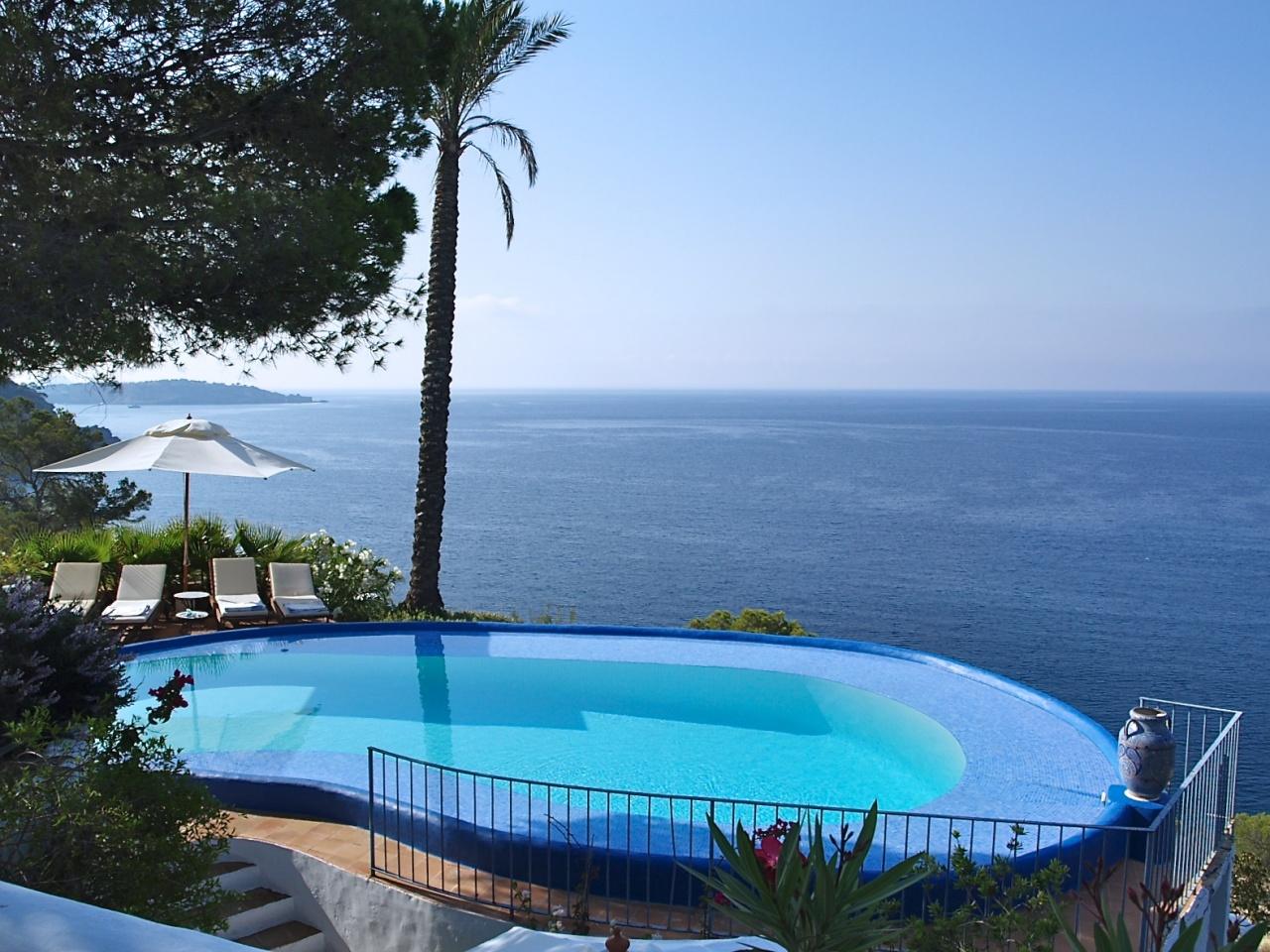 Locations vacances en espagne s jours en villas et maisons de luxe en espagne - Villa de vacances luxe location think ...