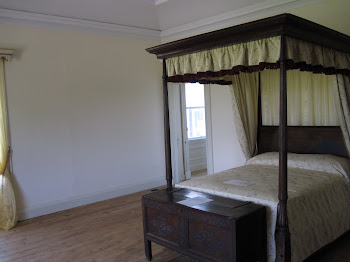 BEDROOM IN FOTA HOUSE